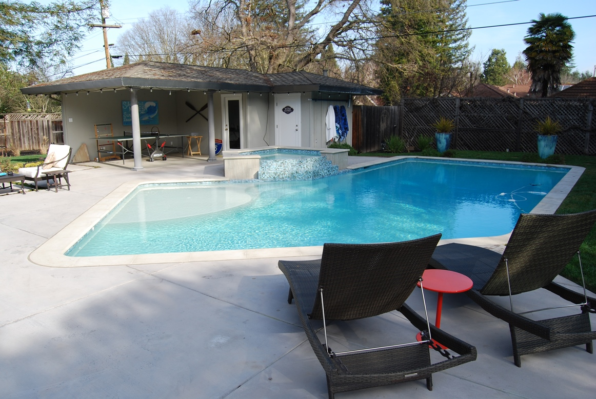 Pool maintenance service San Ramon