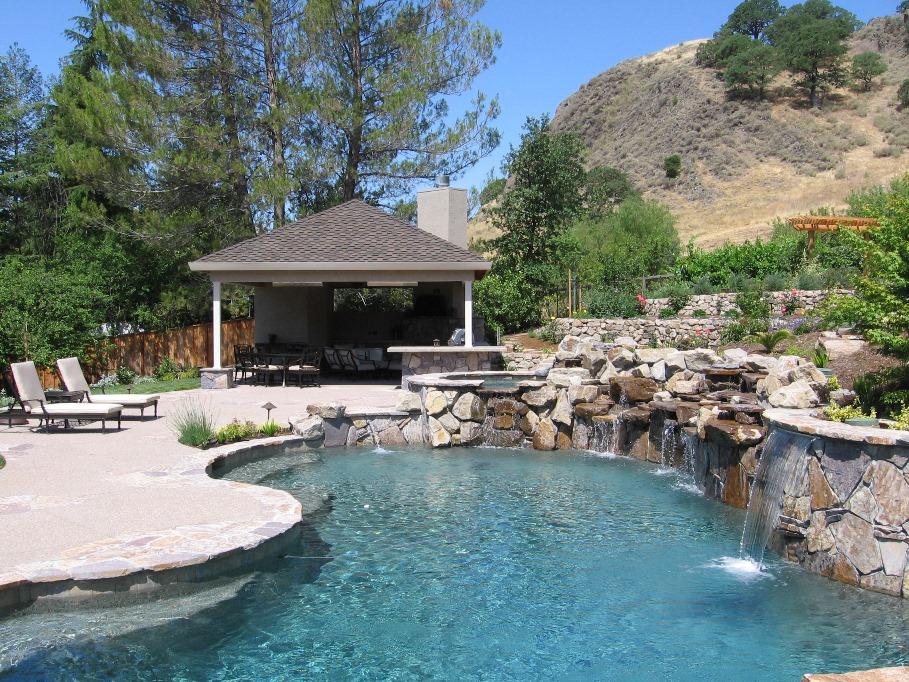Swimming pool maintenance service San Ramon